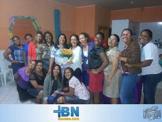Prefeita Alice participa de Café da Tarde com mulheres da Assembleia de Deus em Barrolândia.
