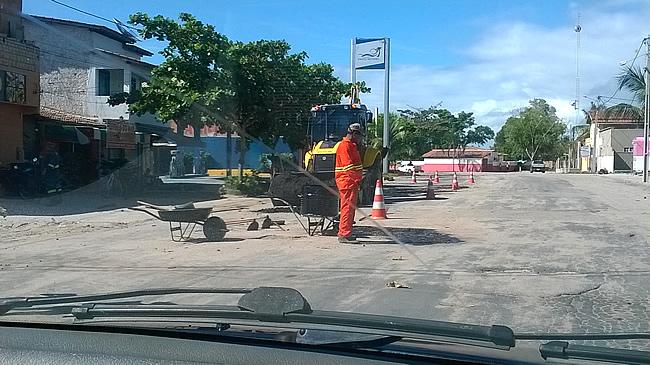 Governador anuncia recuperação da BA-001 e reacende a esperança da ligação Belmonte X Canavieiras.