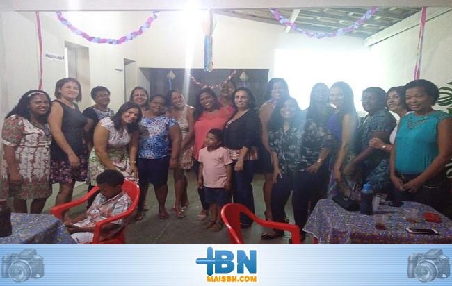 Professores do enquadramento de 40Hrs organizam evento surpresa para a Prefeita Alice Britto.