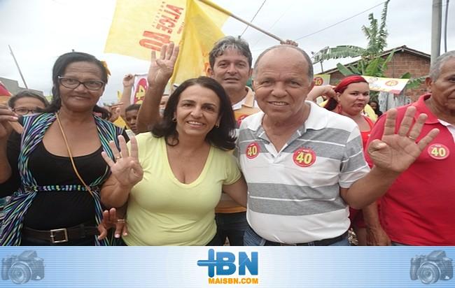 Grupo político de Alice Britto faz caminhada e visita comunidade do distrito de Barrolândia.