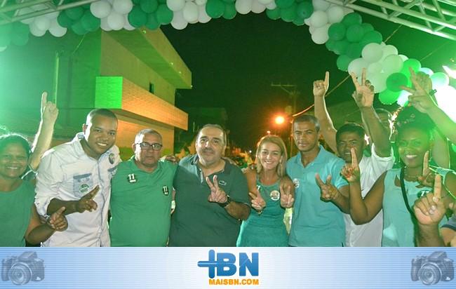 Grupo Político do candidato a Prefeito Iêdo Elias realiza comício no Bairro da Ponta de Areia.