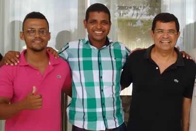 Rogério Bahia e Rodrigo Martins são bem avaliados pelo Deputado Davison Magalhães.