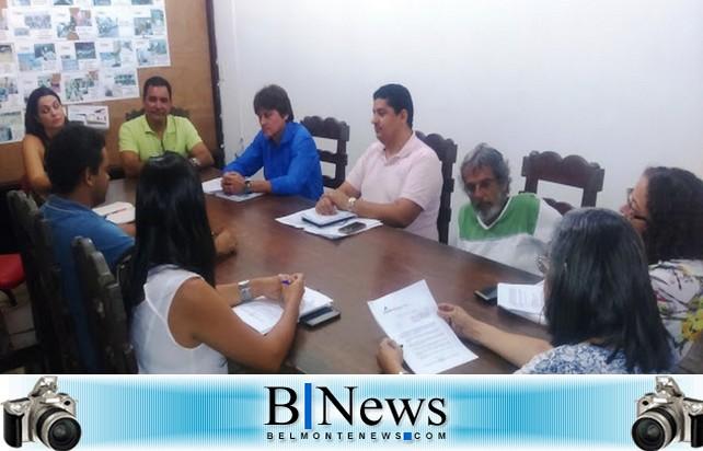 Acontece primeira reunião da Comissão de Transição em Santa Cruz Cabrália.