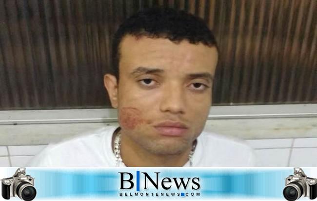 Polícia Militar prende homem armado no circuito do Festival de Boi Duro de Belmonte.