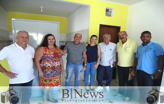 Prefeito visita as novas instalações do Cartório de Registro de Imóveis em Belmonte.