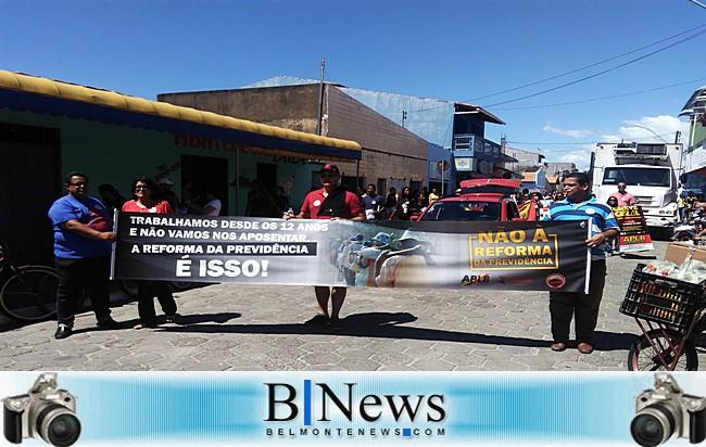 APLB e comunidade realizam protesto contra a Reforma da Previdência em Belmonte.