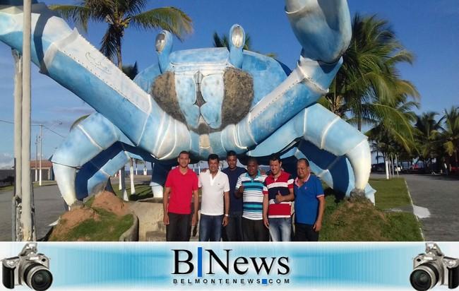 Deputado Federal Davidson Magalhães visita lideranças do PC do B em Belmonte.