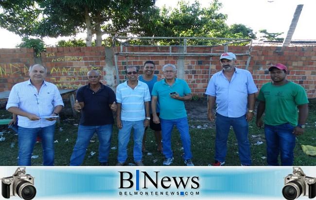 Prefeito Janival Borges visita obras do Posto de Saúde da Ponta de Areia.