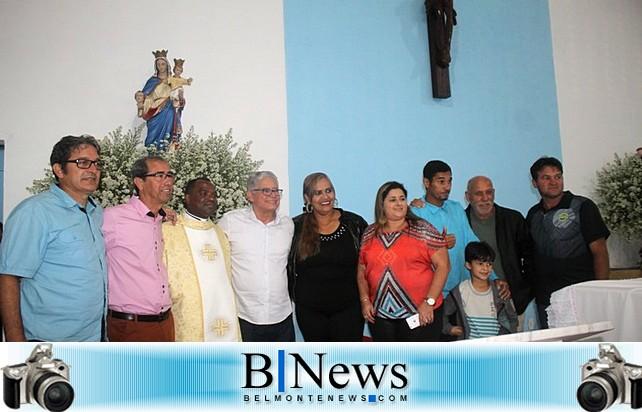 Lideranças políticas participam da Novena em homenagem à Nossa Senhora da Cabeça.
