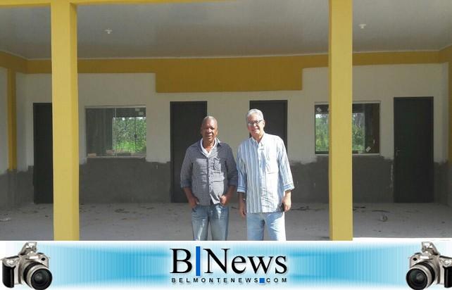 Prefeito Janival visita o interior e informa que irá ao distrito de Boca do Córrego.