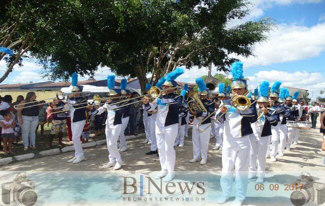 Lindo Desfile Cívico marca as comemorações da Independência em Barrolândia.
