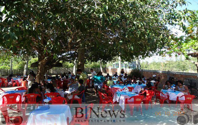 Confraternização marca o dia dos Agentes de Saúde e Endemias em Belmonte.