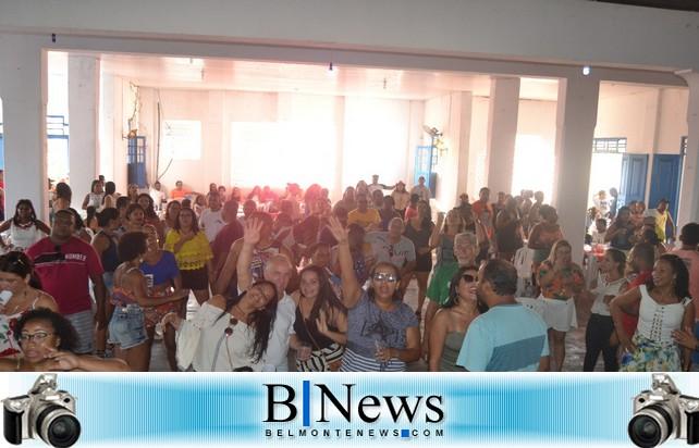 APLB-Belmonte realiza evento para homenagear os dias do Professor e do Servidor Público.