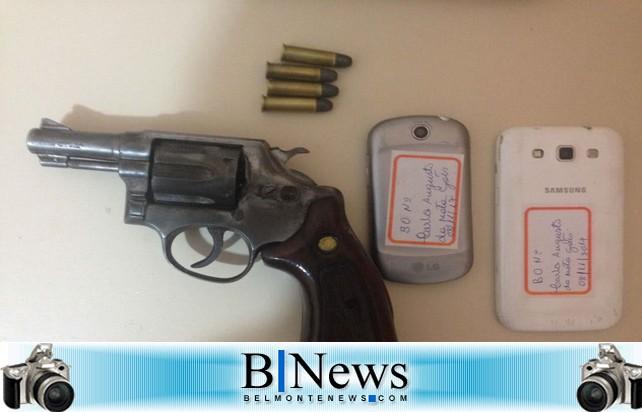 Operação policial apreende menor armado que atuava no tráfico de drogas em Belmonte.