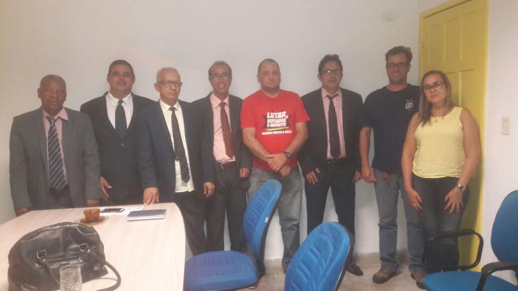 Câmara de Vereadores realiza campanha para impedir o fechamento da Agência da Caixa em Belmonte.